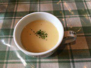 六甲アイランド ランチ 井上さんの手造り メニュー 洋食 定食 スープ