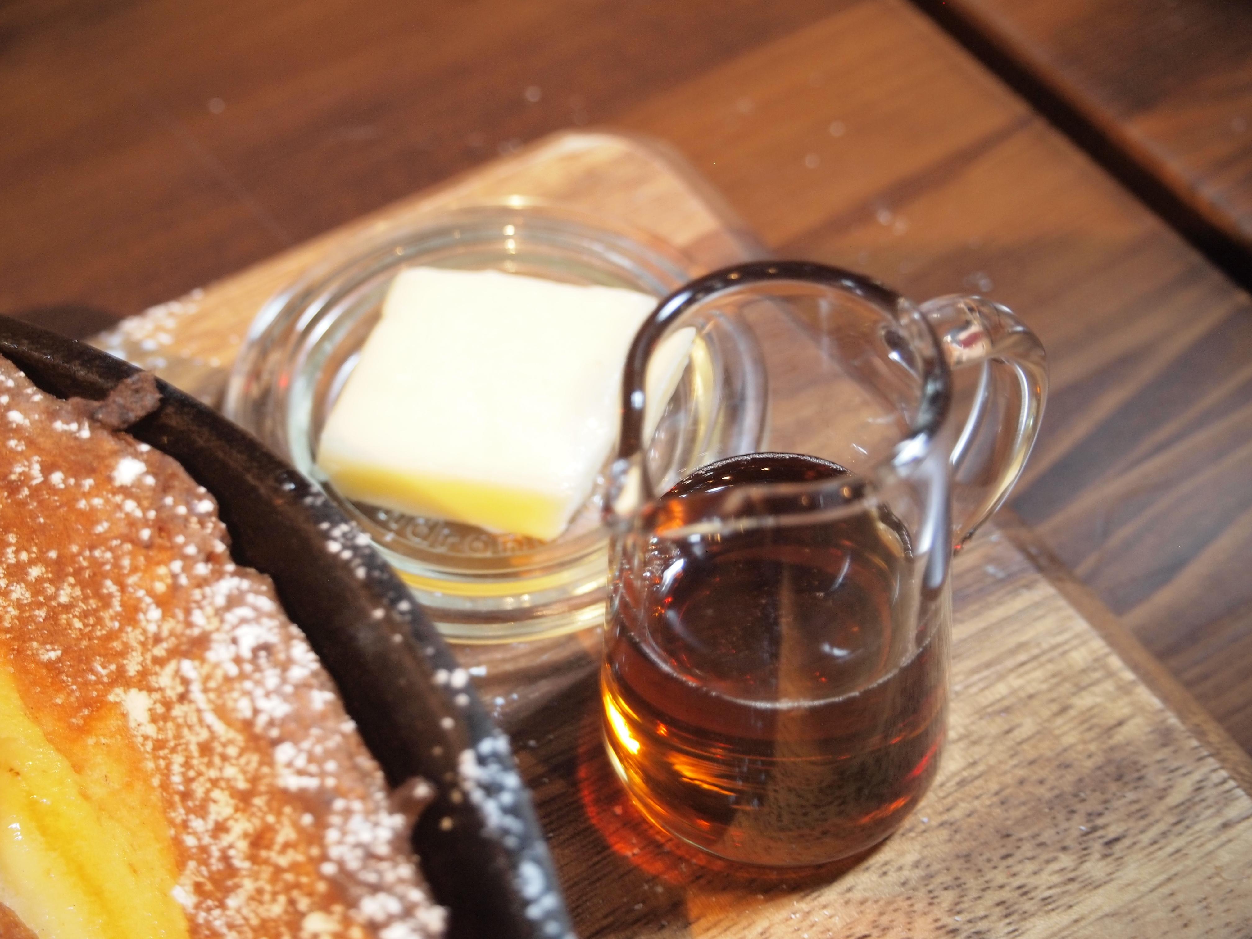 神戸 煉瓦倉庫 ハーバーランド カフェ パンケーキ RED BRICK 1898 レッドブリック ランチ メニュー ダッチベイビー