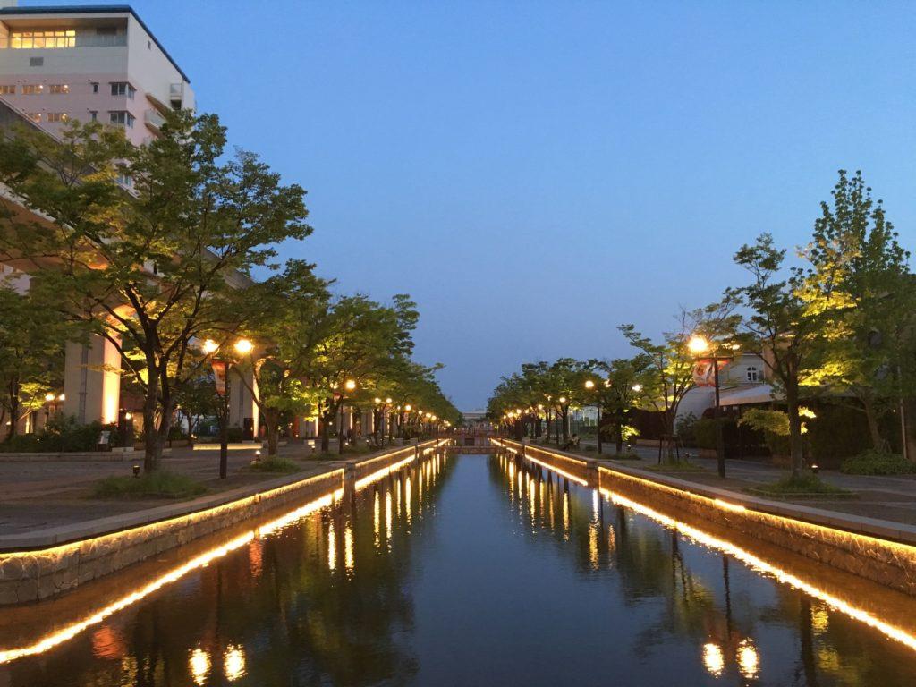 神戸 フォトジェニック 写真撮影 スポット おしゃれ インスタ映え 六アイ 六甲アイランド リバーモール