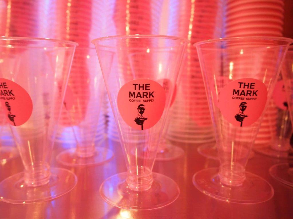 THE MARK COFFEE SUPPLY 神戸 三宮 カフェ フォトジェニック インスタ映え ピンク