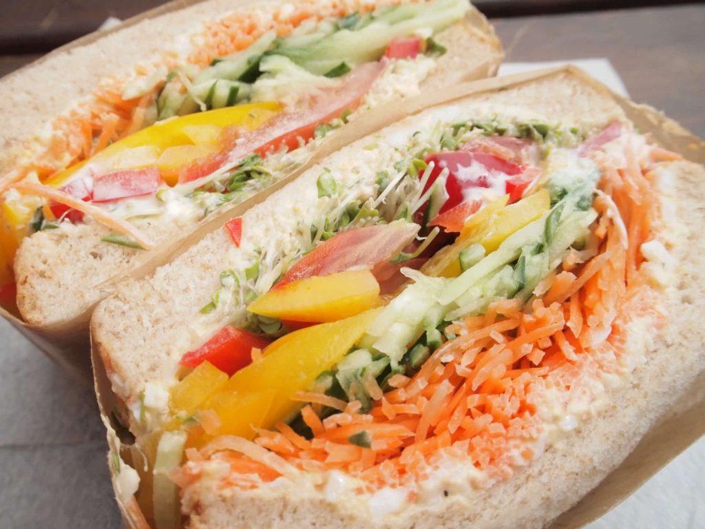 ノースショア NORTHSHORE KOBE 神戸 ランチ ハーバーランド フォトジェニック カフェ 煉瓦倉庫 テイクアウト サンドイッチ