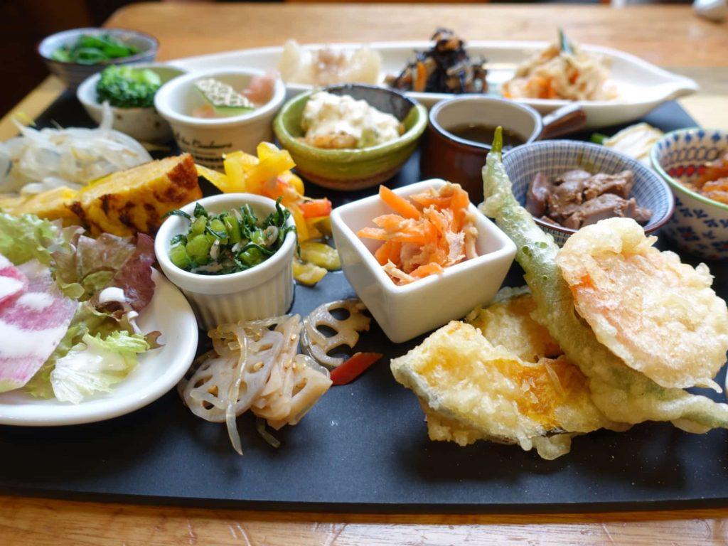 鶏料理 ひとりひとり 三宮 神戸 ランチ 予約