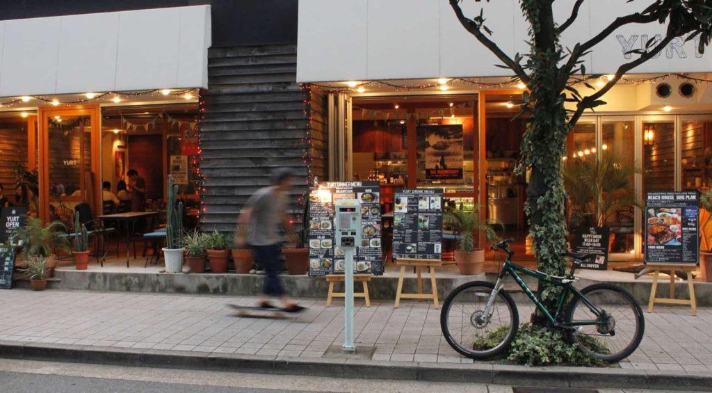 YURT ユルト 神戸 三宮 カフェ アクセス 行き方
