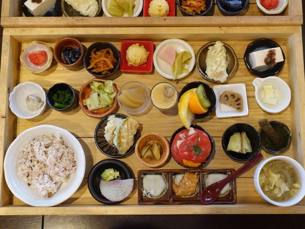 神戸野菜とフルーツ キッチン デ キッチン 三宮 福木箱 ランチ