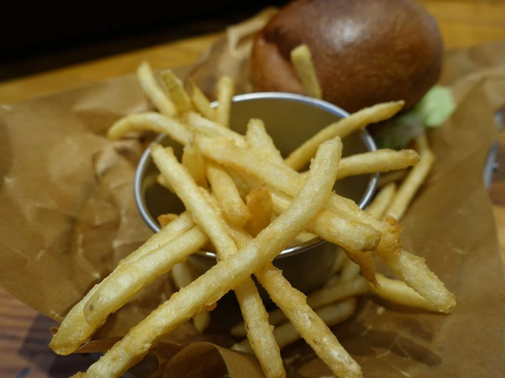 J.S. BURGERS CAFE j s バーガーズ カフェ ミント神戸店 ハンバーガー 三宮 ランチ