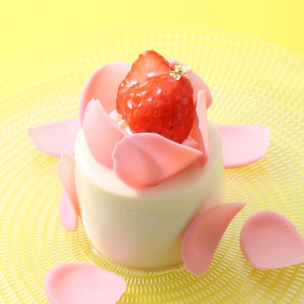 アンテノール 神戸 季節限定 ケーキ フレーズ ブラン シャンパンとホワイトチョコのマリアージュ
