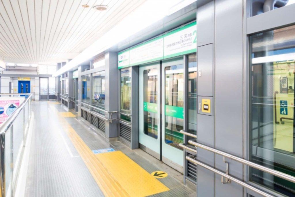神戸空港 アクセス 行き方 電車 ポートライナー 三宮