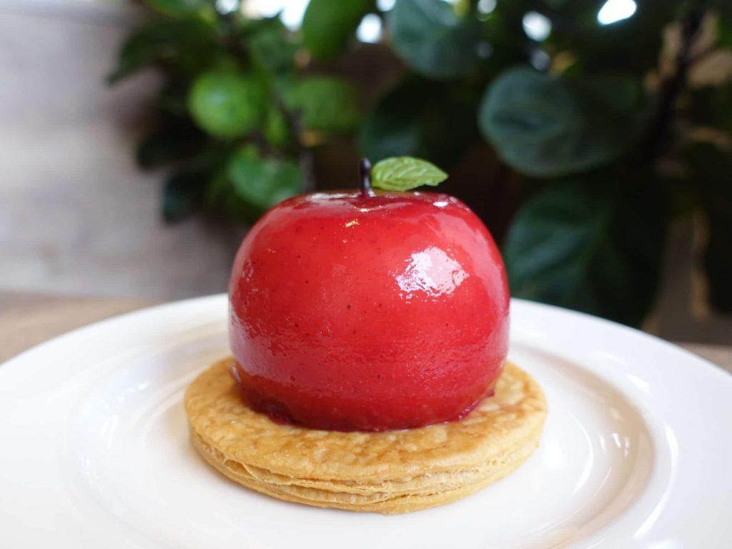 神戸 リスカフェ KOBE RIS CAFE リスの誘惑 りんごのパフェ