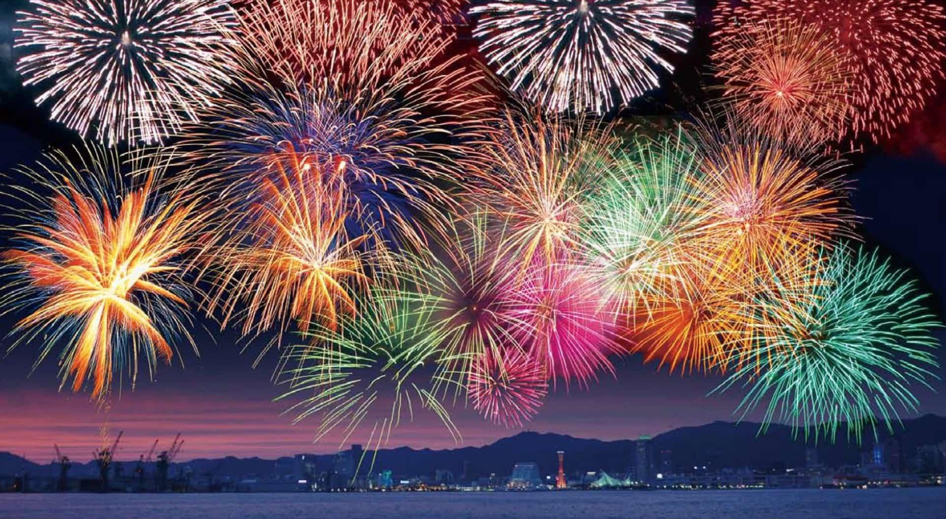 「みなとこうべ海上花火大会2020」は10月31日に開催!例年と異なるので注意
