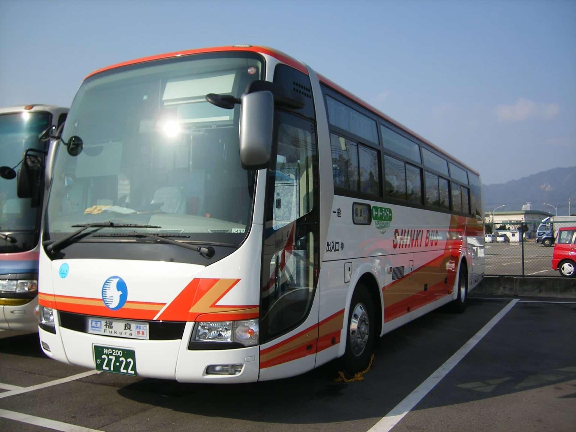 50分で到着!三宮から三田プレミアムアウトレットに行くにはバスが便利。車がなくてもラクラク