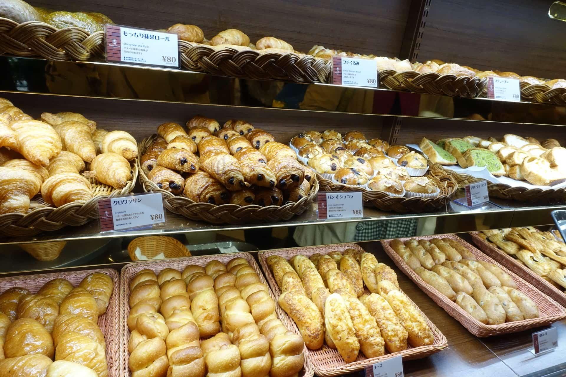 神戸在住25年以上の私がおすすめ!神戸・三宮・元町の人気パン食べ放題ランチ8選