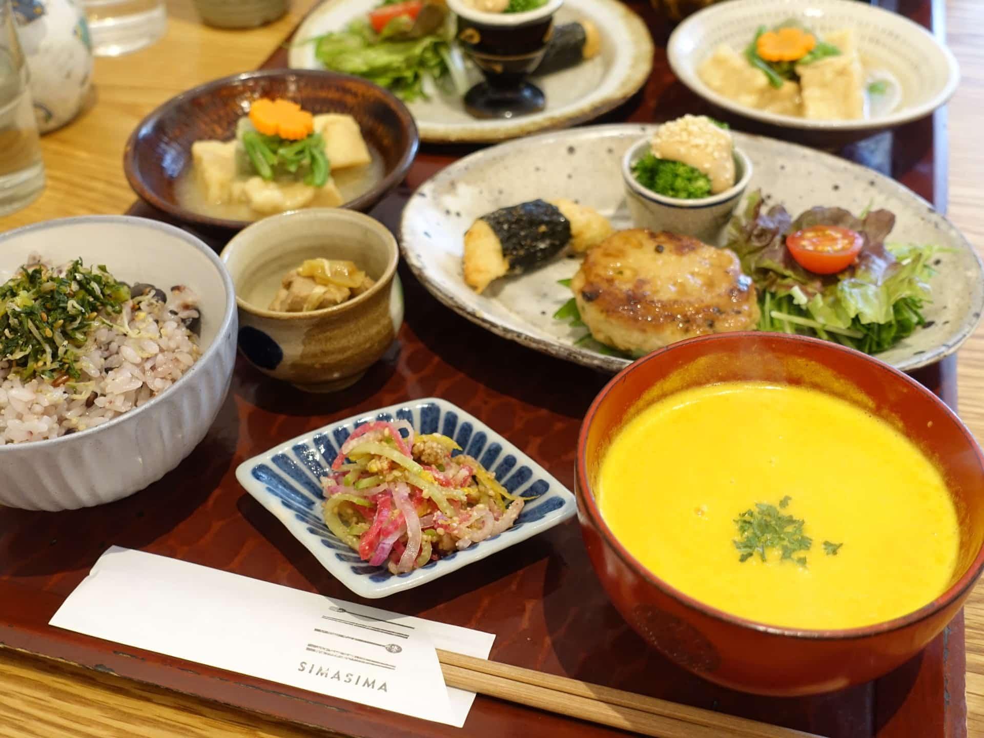 SIMA SIMA(シマシマ) − 本当は秘密にしたい神戸のカフェ。限定ランチが大人気で一度行くとファンになっちゃう