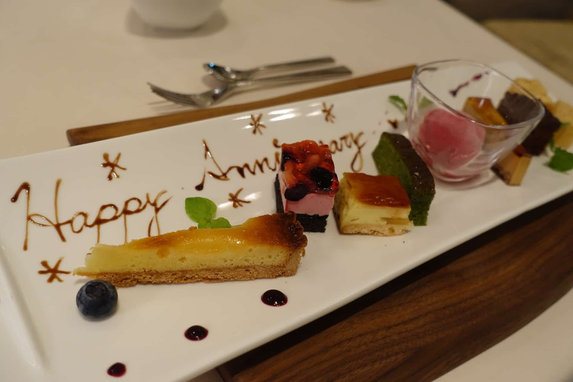 レニージョエル − 神戸・旧居留地にあるおしゃれなレストラン。記念日ランチ・ディナーにもおすすめ