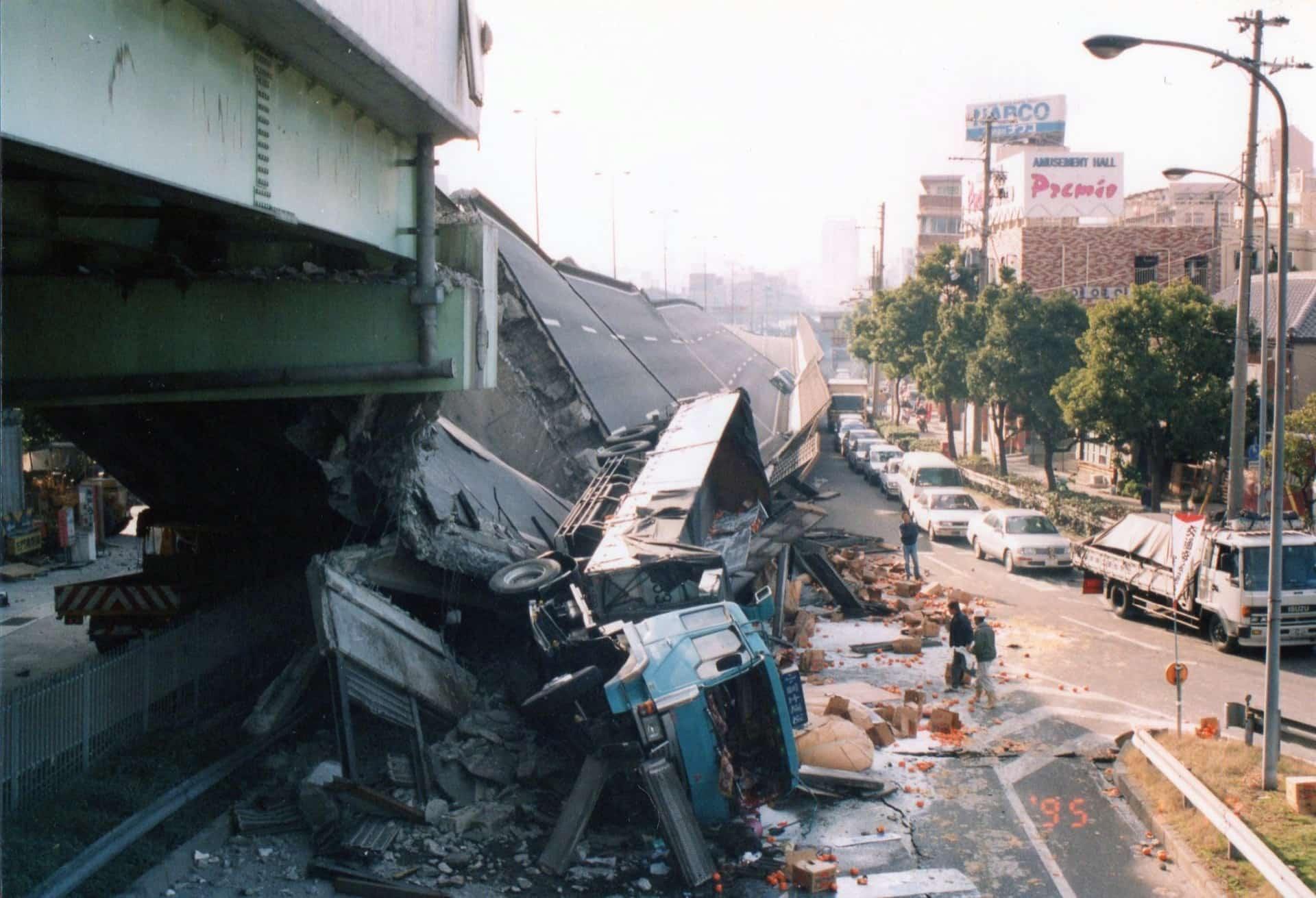 """阪神・淡路大震災から24年。忘れてはいけない""""あの日""""を写真で振り返る"""
