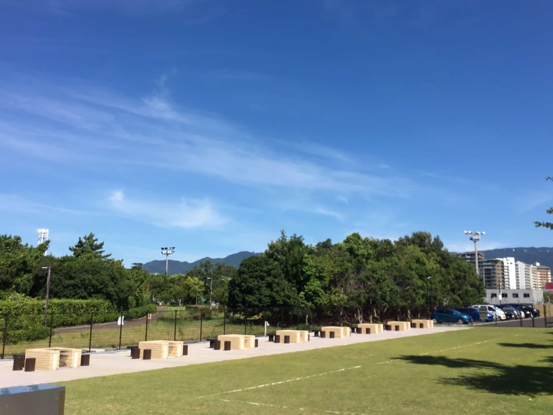 神戸・六甲アイランドにBBQ場「RICバーベキュー広場」オープン!海がすぐそばにある最高のロケーション
