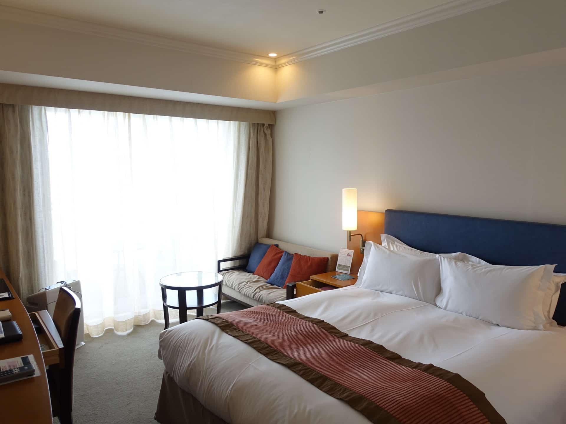 【宿泊記】神戸メリケンパークオリエンタルホテル・スーペリアダブル。海に面したバルコニー付き!