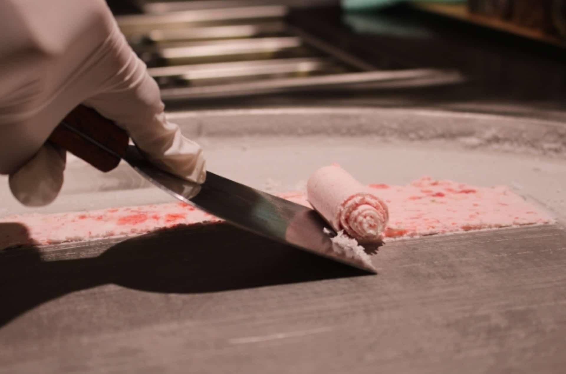 関西初!2018年9月「マンハッタンロールアイスクリーム」が神戸・三宮にオープン!くるくる作られる様子は必見