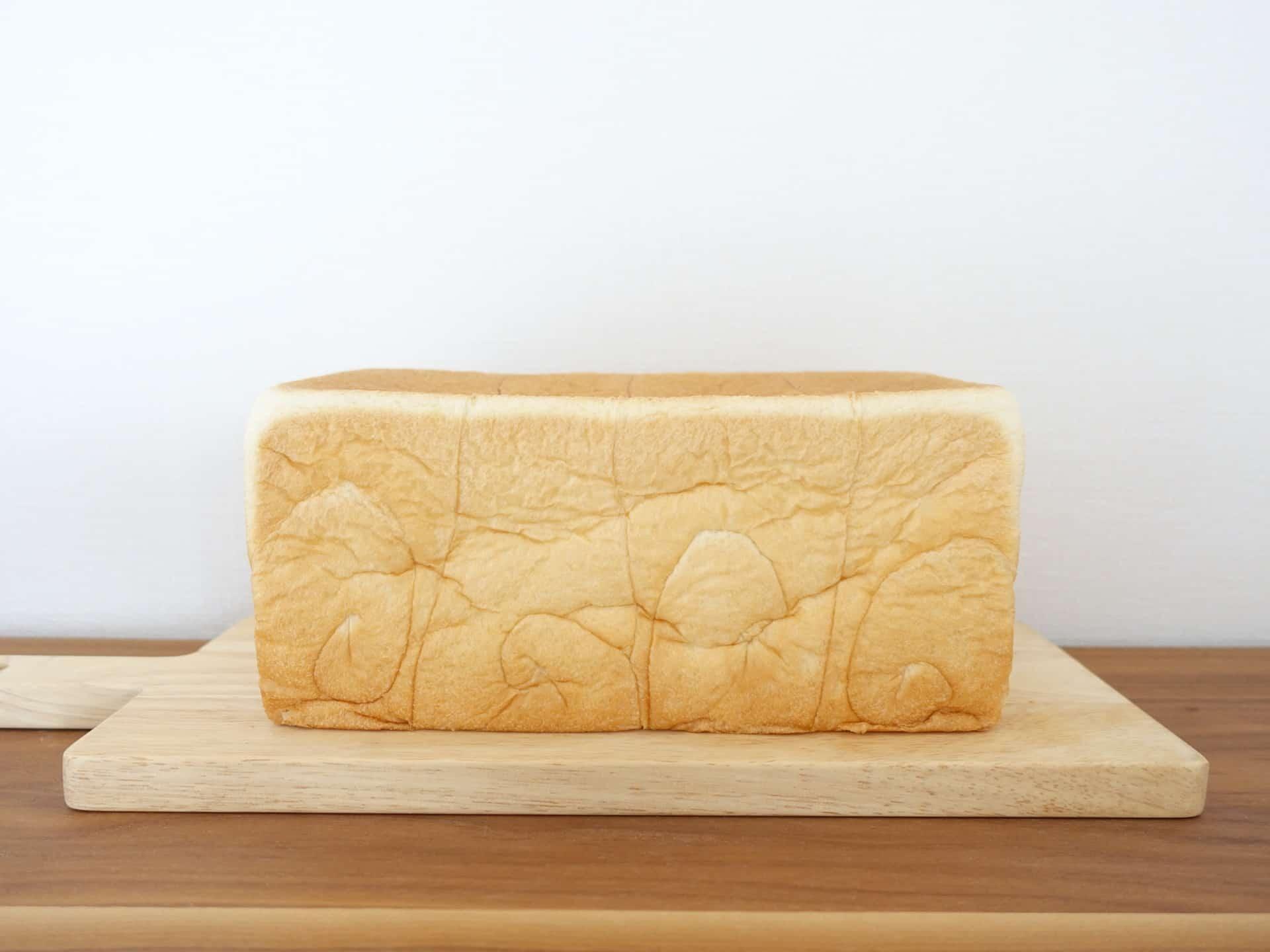 乃が美 はなれ 神戸三宮店 − ふわふわ高級「生」食パンはやみつきになるおいしさ。おすすめの食べ方も紹介するよ