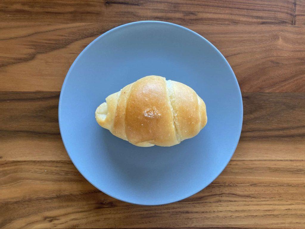イスズベーカリー 塩パン